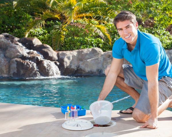 3 Signs You Need Help with Your Pool Chemicals